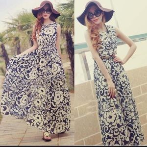 Floral sleeveless dress. NWOT.
